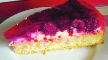 Открытый пирог с малиной